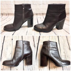 Via Spiga Brown Calf Skin Booties